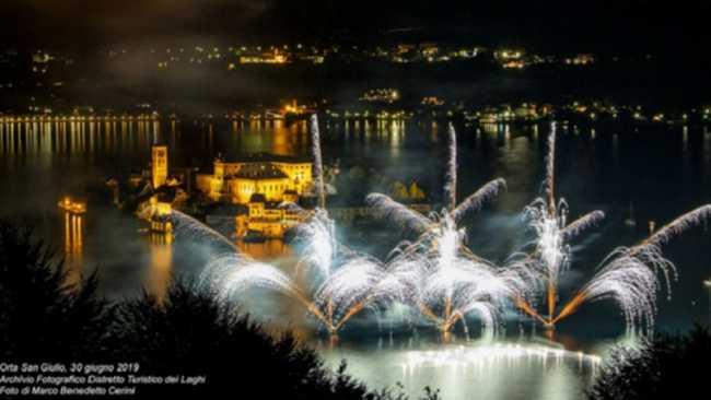 5 FestivalFuochidArtificio2019 OrtaSanGiulio 30062019 Archivio Fotografico Distretto Turistico dei Laghi ph Marco Benedetto Cerini 15
