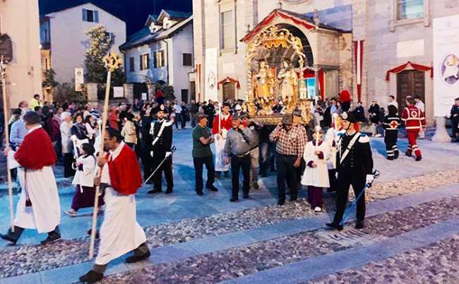 processione santini patronale